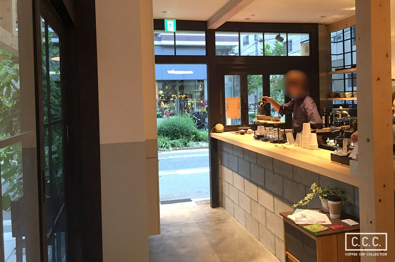 KAMON COFFEEの店内