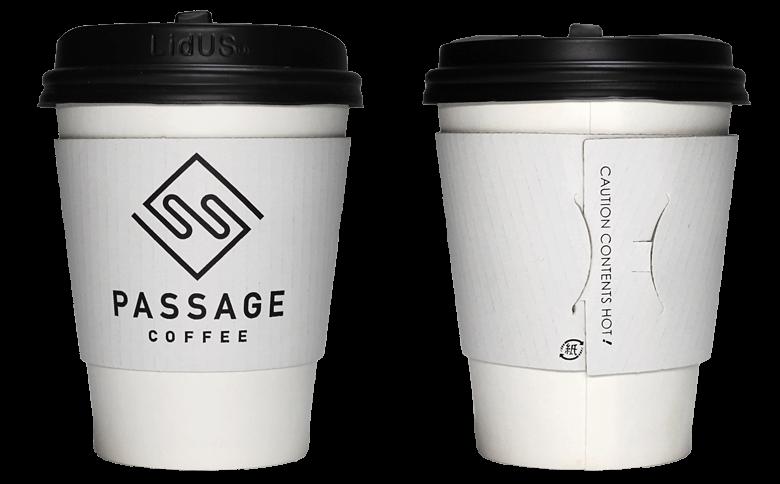 PASSAGE COFFEE(パッセージ コーヒー)のテイクアウト用コーヒーカップ